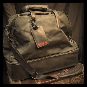 TUMI canvas leather duffel bag 43066d3 luggage